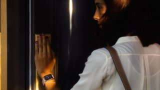 Apple Watch, la presentazione italiana al Salone del mobile