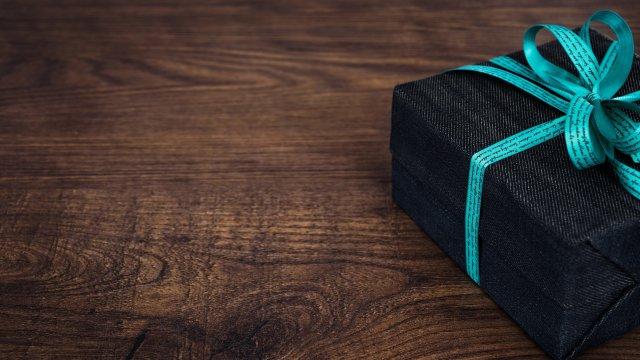 Idee Regalo Per Colleghi D Ufficio : I regali di natale per i colleghi d ufficio fastweb