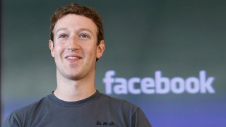 Facebook, Zuckerberg difende Internet gratis in India