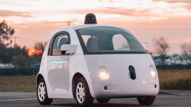 Una Google Car provoca un incidente